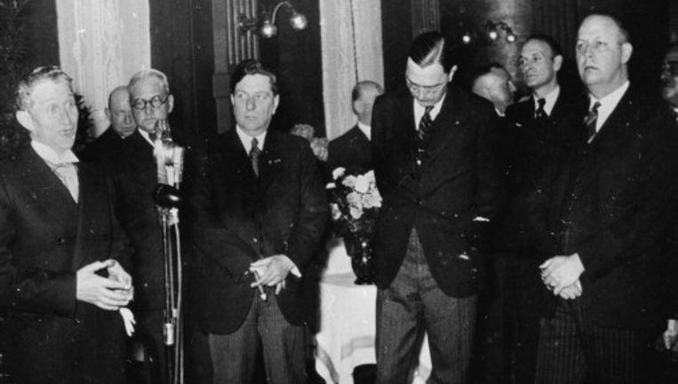 Lotsy (rechts) en Max Euwe (midden) in 1938 © anp Beeld