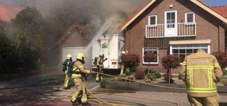 Kaasboer uit Ermelo ziet marktkraam in vlammen opgaan