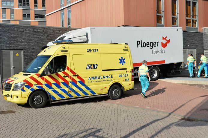 Gewonde bij het losse van een vrachtwagen in Breda.