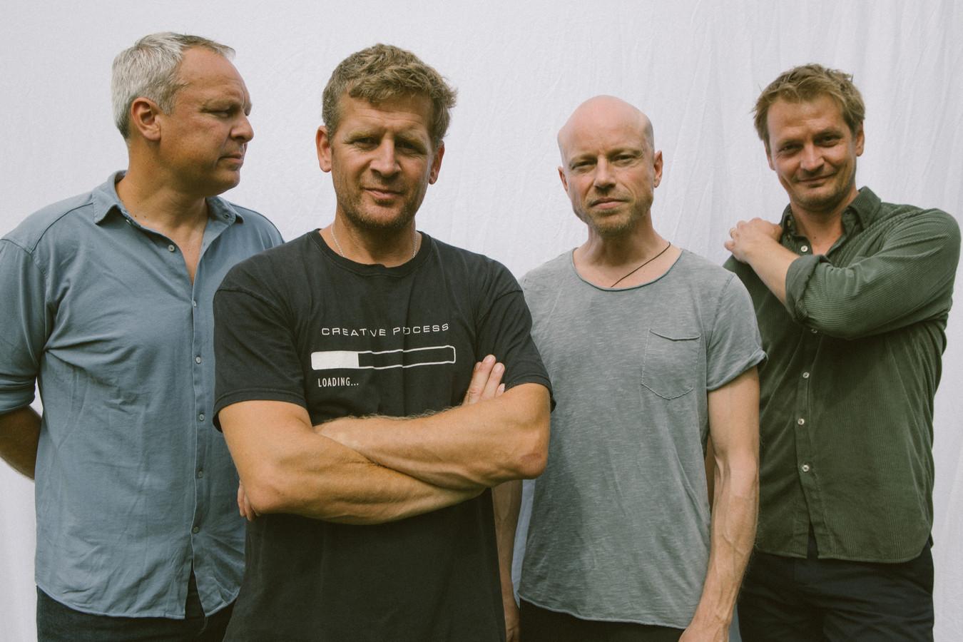 Racoon, met (vlnr) Dennis Huige, Bart van der Weide, Paul Bukkens en Maarten van Damme.