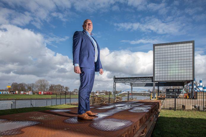 Operationeel directeur Herman van Loo in de Katwolderhaven van Zwolle.
