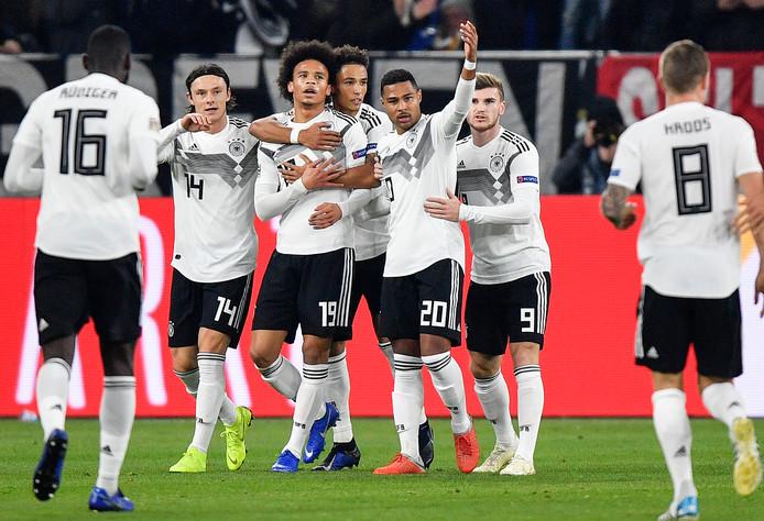 19 november 2018: Antonio Rüdiger, Nico Schulz, Leroy Sané, Thilo Kehrer, Serge Gnabry, Timo Werner en Toni Kroos vieren een doelpunt tegen het Nederlands elftal (2-2), de laatste interland van Die Mannschaft tot vandaag.