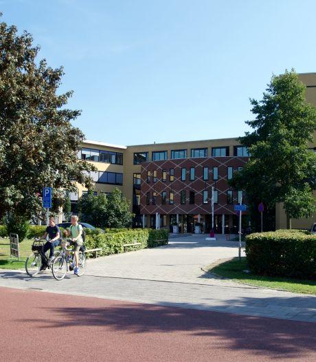 Woedende reacties op ludiek coronafilmpje van Vechtdal College: 'Maar we zwichten niet'