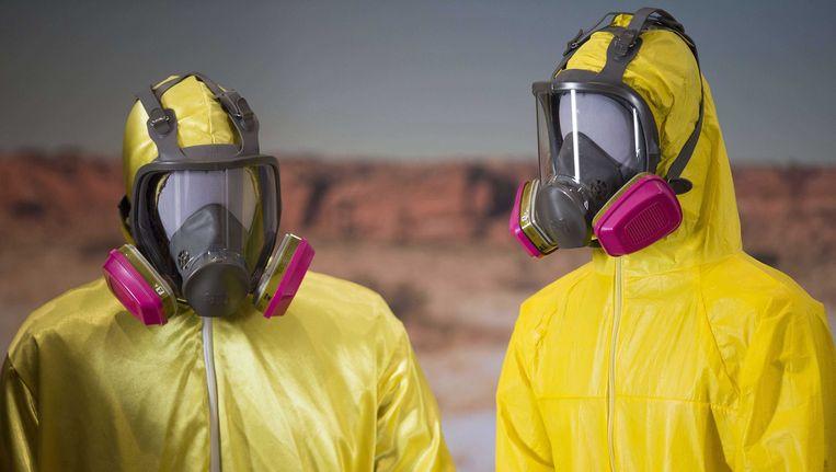 De gele pakken die acteurs Bryan Cranston (Walter White) en Aaron Paul (Jesse Pinkman) droegen in de serie Breaking Bad zijn tentoongesteld in het National Museum of American History in Washington. Beeld null