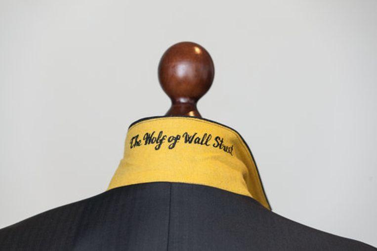 Detail van het kostuum 'The Wolf of Wall Street'