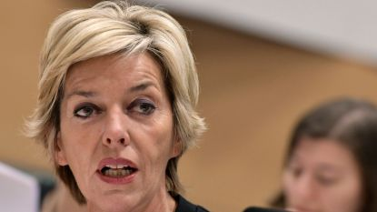 Carina Van Cauter spreekt over migratie in Westkouter