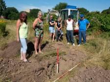 Provincie wil niet meebetalen aan verwijdering vervuilde grondwal rond woonwagenkamp Presikhaaf
