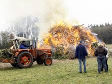 Verlaat paasvuur in Dalfsen nu droogteperiode voorbij is