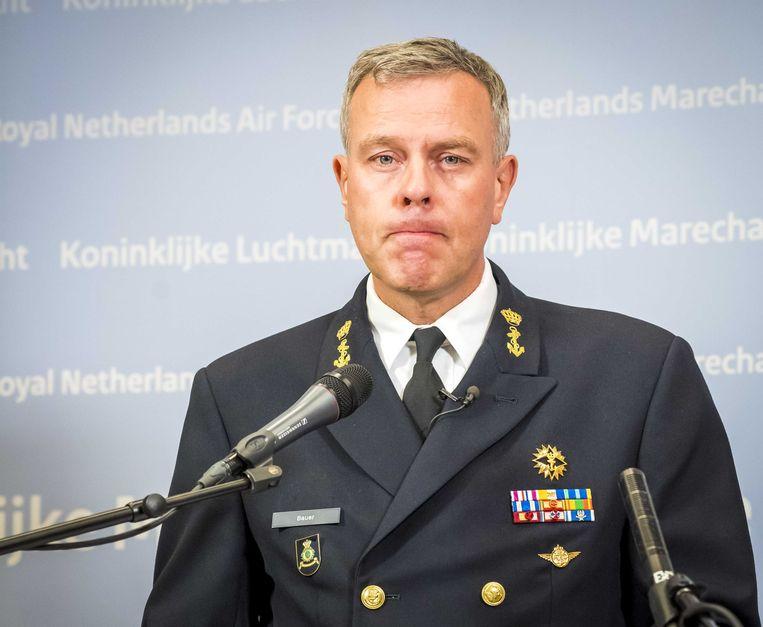 Commandant der Strijdkrachten, luitenant-admiraal Rob Bauer, tijdens de persconferentie. Beeld ANP