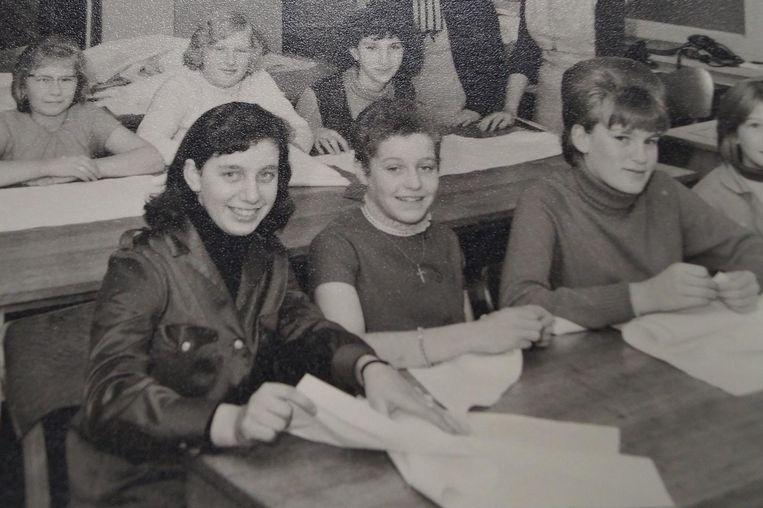Herlinda Casteleyn op de schoolbanken in het schooljaar 1964-1965.