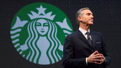 Grondlegger Starbucks treedt na veertig jaar af