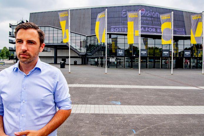 De organisatie van het Eurovisie Songfestival in Rotterdam weet bijna wie het liedjesspektakel volgend jaar gaan presenteren, verklapte producent Sietse Bakker.