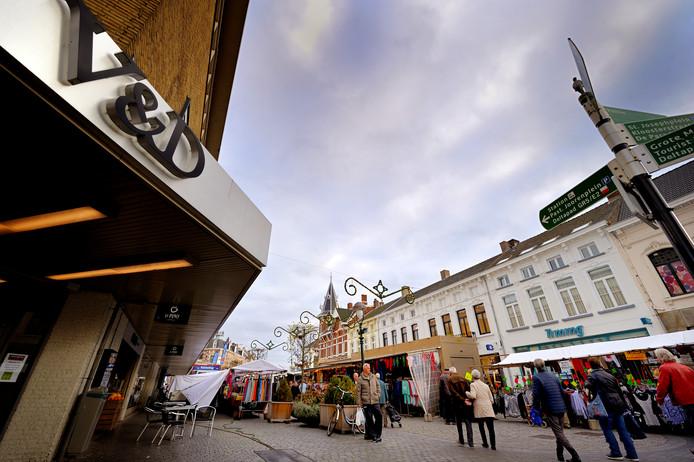 De weekmarkt in Bergen op Zoom. Archieffoto.