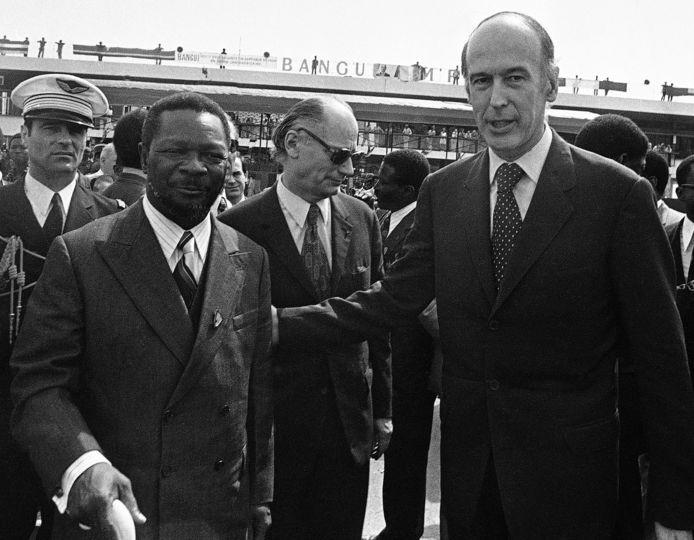 Giscard met Bokassa.