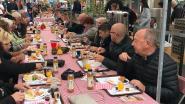 1.000 mensen ontbijten aan langste ontbijttafel van Limburg