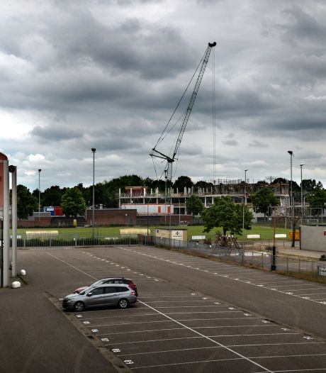 Expert en oud-Arena-directeur over nieuw stadion Helmond Sport: 'Een ramp én onrendabel'