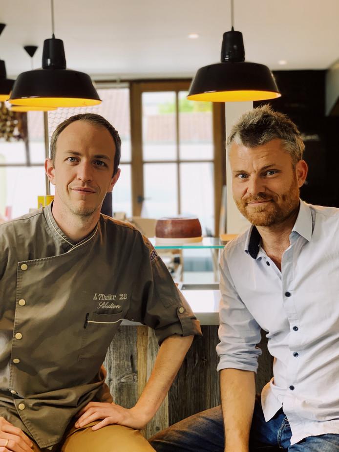 Sébastien (à gauche) et Mika (à droite).