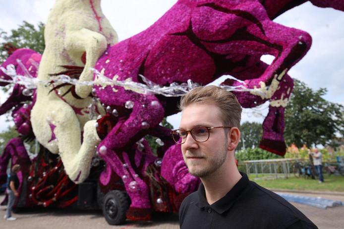 Ook  Aaron Boot, verbonden aan het corso in Zundert, moest zoeken naar andere oplossingen bij zijn ontwerpdebuut in Sint Jansklooster bij de groep The Next. Zijn wagen eindigde als derde.