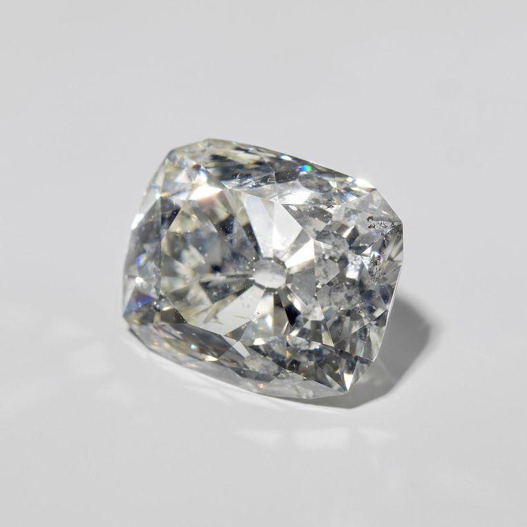 De diamant van Banjarmasin, ooit bezit van de sultan van Banjarmasin (Zuid-Borneo). Dat werd in 1859 door Nederland werd ingenomen. De diamant is een van de omstreden stukken in het bezit van het Rijksmuseum. Beeld Rijksmuseum