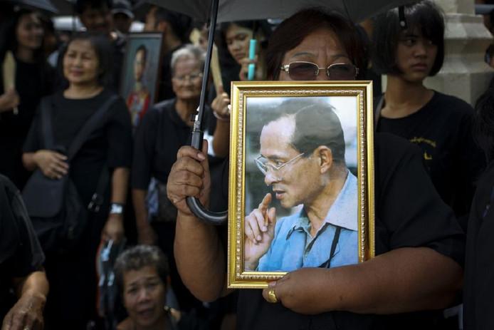 Thailand is massaal uitgelopen voor de crematieplechtigheid van wijlen koning Bhumibol.