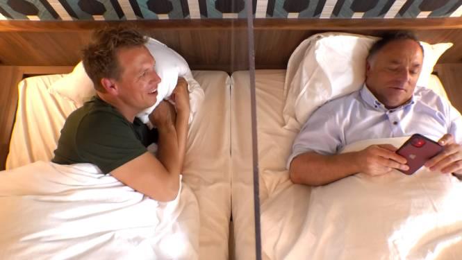 """Marc Van Ranst toont andere kant in 'Gert Late Night': """"Ik heb al een paar oneerbare voorstellen gekregen"""""""
