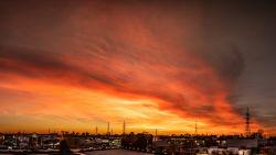 Prachtige zonsondergang is ook sociale media niet ontgaan