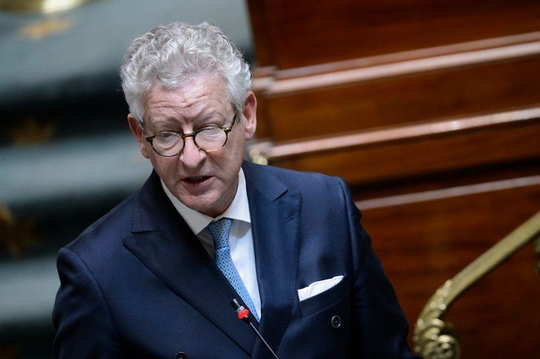 Minister De Crem belooft versterking politiezone Brussel-Zuid.