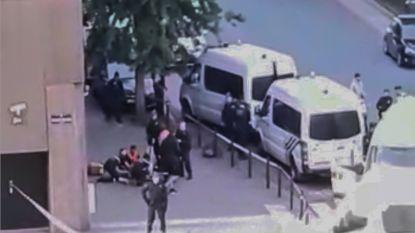 Dakloze die agent probeerde neer te steken bij Maximiliaanpark aangehouden voor poging tot doodslag
