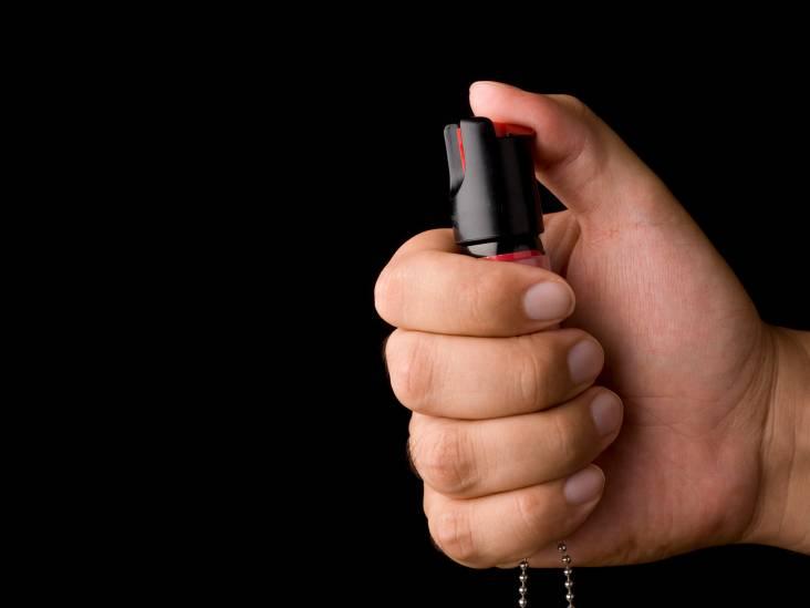 Vrouw met pepperspray aangehouden in Breda: 'Een verboden wapen'
