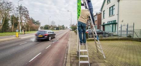 Duimen in plaats van middelvingers: bewoners Graafseweg nemen met kunst voorschot op vergroening