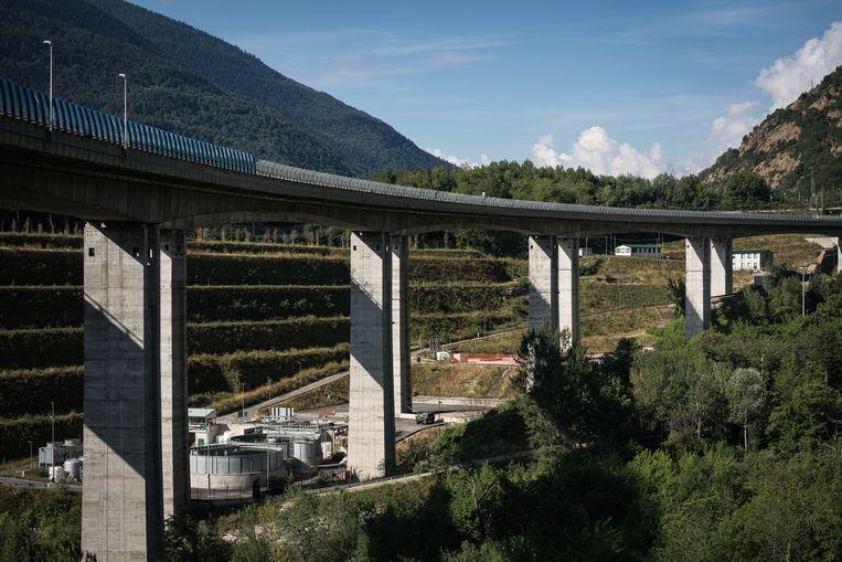 Er wordt fel geprotesteerd tegen de aanleg van een hogesnelheidslijn in de Susa-vallei in Noord-Italië. Beeld Zolin Nicola