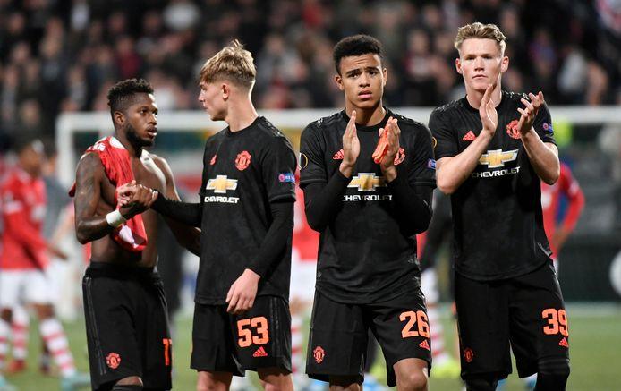 Spelers van Manchester United na afloop.