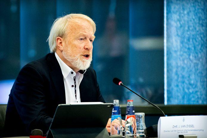 Jaap van Dissel tijdens een briefing over het coronavirus.