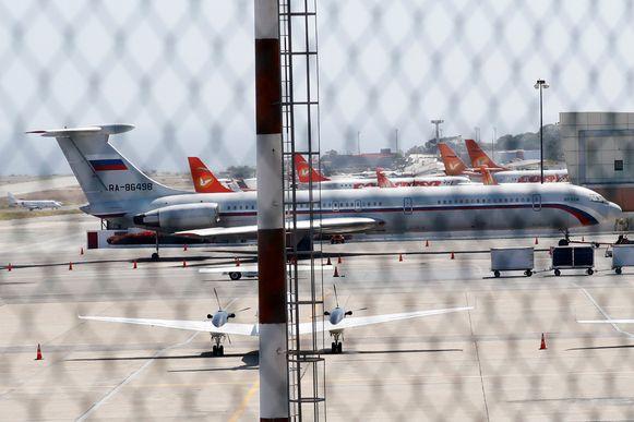Een Russisch legervliegtuig werd gespot op de luchthaven van Caracas.