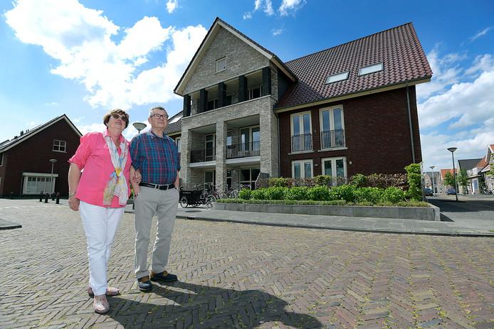 Rina en Wim Mijnster willen dat de gemeente iets doet aan de vindbaarheid van hun adres. ,,Dit kan zo niet langer.''