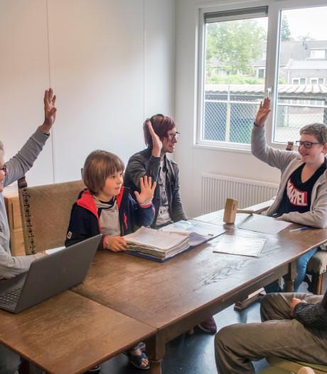 Op de Sudbury school in Harderwijk bepalen kinderen zelf wat ze leren: 'We houden ons hoofd boven water'