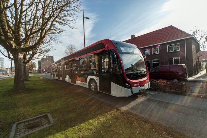 Bravo bus op de Kastanjelaan in Eindhoven.