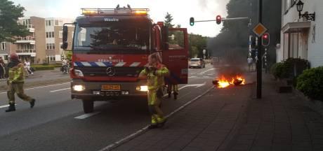 Motor vliegt in brand op kruispunt in Aalst