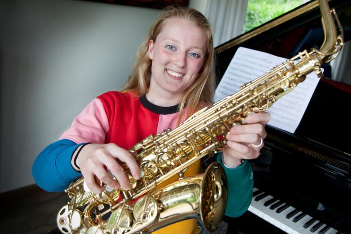 Alt-saxofoniste Linda Hollemant