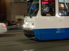 Tram ontspoord na botsing met auto Osdorp