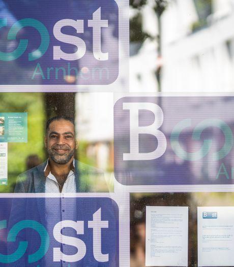 Arnhemse vluchtelingenorganisatie Boost stopt: 'Deze gemeente is ziek'