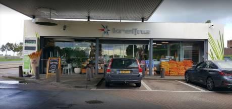 Bert is de 'gezelligste pompstationmedewerker van Amersfoort' en iedereen mag hem feliciteren met zijn jubileum