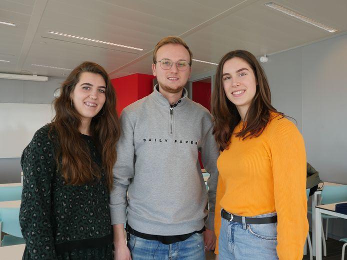 De initiatiefnemers van Bonborange: Mylène Lesscher (links), Julian Holthuijsen en Mariël Desloover.