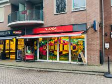 Lochemse winkeleigenaar draagt nu wél mondkapje na sluiting: 'Je wilt toch je zaak overeind houden'