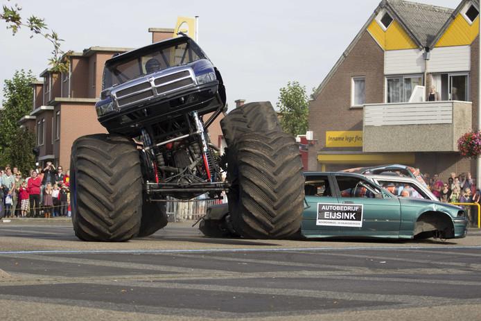 Het ongeval met de monstertruck in Haaksbergen.  De afwikkeling van een hoger beroep in deze heftige zaak ligt ook nog op de stapel.