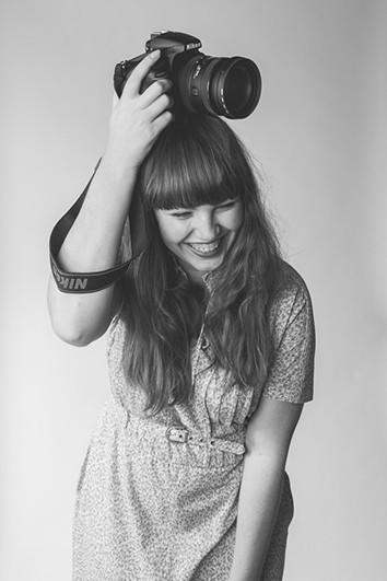 Zelfportret documentaire fotograaf Ilse Wolf.