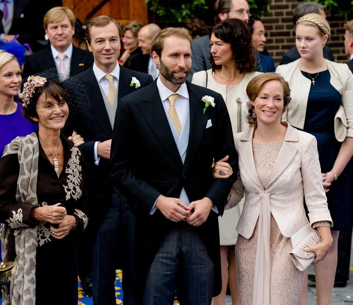 Prinses Maria Teresa van Bourbon-Parma (links) is donderdag na een kort ziekbed overleden aan het coronavirus.