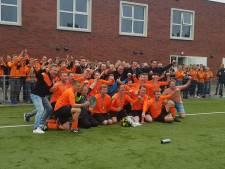 Oranje Zwart behaalt de titel in Tjalleberd