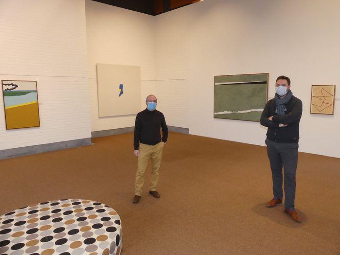Wim Lammertijn en Rutger De Reu bij enkele topwerken uit eigen collectie in het mudel.