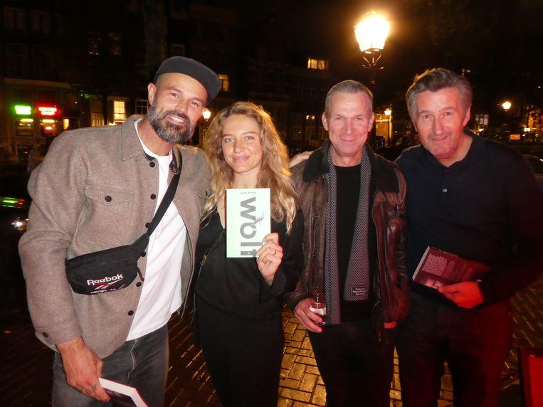 Presentator Arie Boomsma, auteur Emily Reekers, Lebowski-uitgever Oscar van Gelderen en Paroolhoofdredacteur Ronald Ockhuysen. Beeld Hans van der Beek